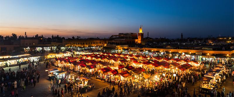 Location de voiture pas chère à l'aéroport de Marrakech avec Firefly Maroc